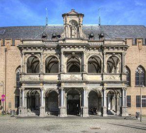 Paket Tour Wisata Liburan Eropa Paris Swiss Germany Netherland 8D7N 2020 Murah - Cologne City Hall