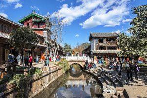 Promo Paket Tour Wisata Liburan Asia China Tibet Shangri La 2020 Murah - AmwindoTourCom - Lijiang Ancient Town